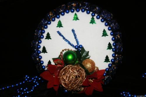 Часики из конфет, новогодний декор